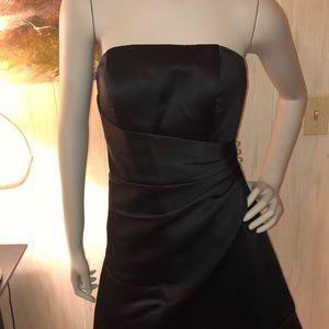🔴 Like New Classy Black Strapless Dress